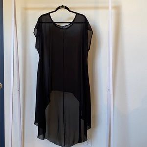Cha Cha Vente Black Sheer Tunic/Top